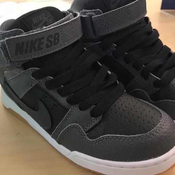 2ef263dc9 Nike SB Mogan MID 2 JR. B size 13c